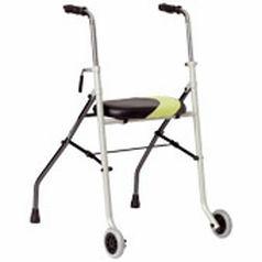 deambulateur-pliant-2-roues-ideal-pour-petits-espaces